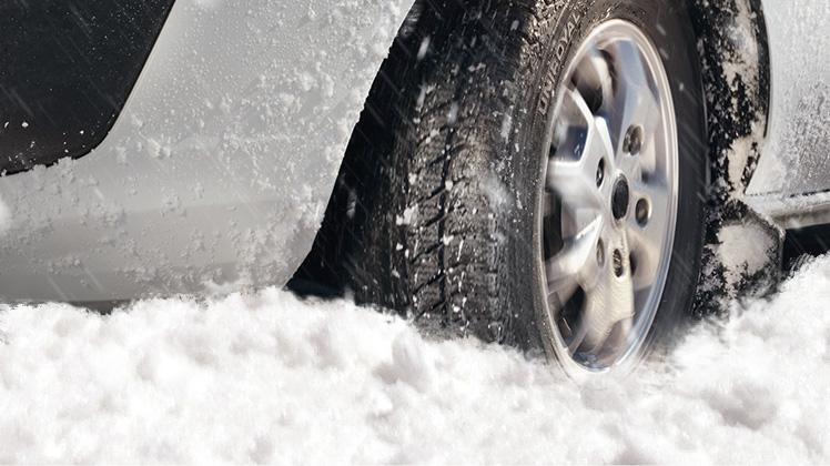 01_stuck_in_snow